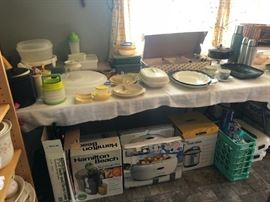 Tupperware, Kitchen Items