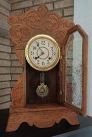 Antique Eastlake style 2 keywind clock