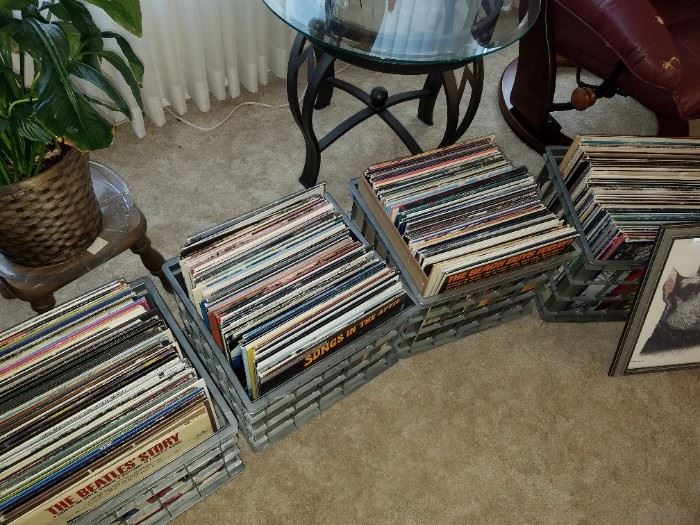 Lots of Vinyl Records and they look in good condition and jackets are pretty good.