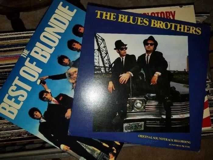 Lots of excellent vinyls and looks like they are good condition....Best of Blondie and the Blues Brothers