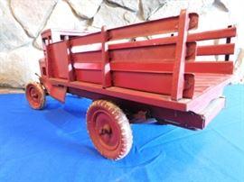 Kingsbury stake truck