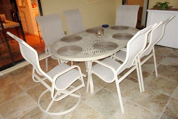 Cast iron patio set for dinning