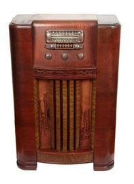 Antique Airline Console Radio