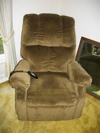 lift chair 140.00