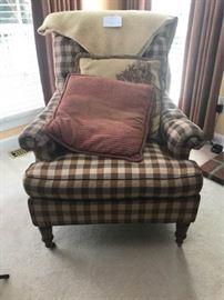 Cloth Armchair https://ctbids.com/#!/description/share/46046