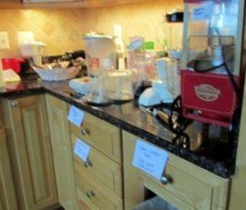 Popcorn maker, blenders and more