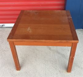 Table: End Table Vintage CW001 Local Pickup https://www.ebay.com/itm/113283931717