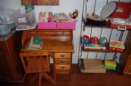 Child's Rolltop desk furniture