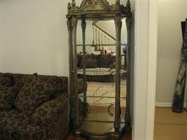 Italian glass shelf, Lighted as well