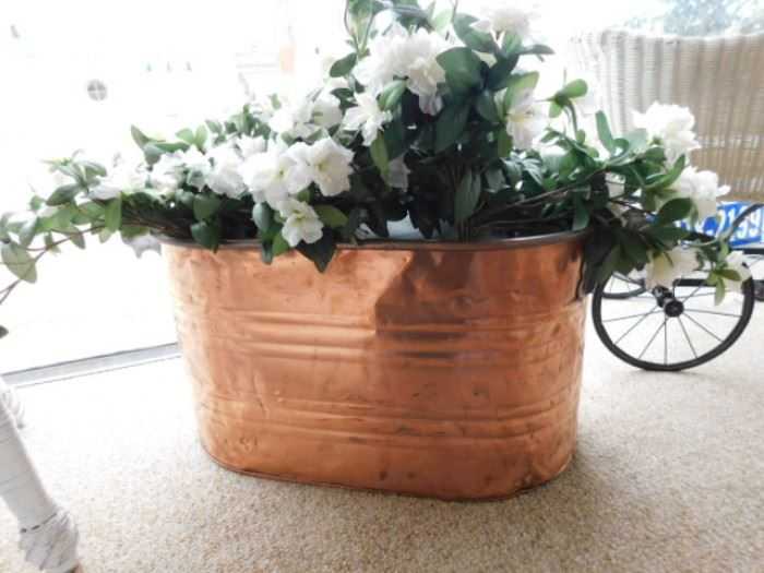 Copper wash bucket