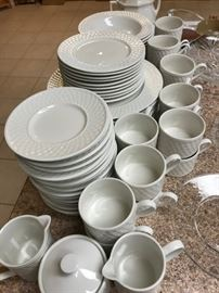 Nice Dish Set for 12