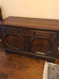 Rare Virginia House Bedroom Set