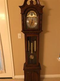 Rare Hershede Grandmother clock