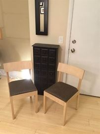 Chairs, Drawer Cabinet, Mirror Lot