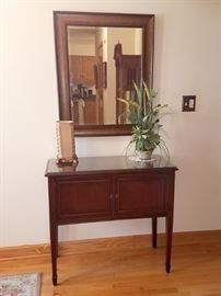 Entry table/cabinet