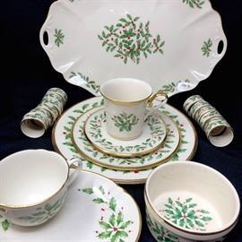 LENOX HOLIDAY China set https://ctbids.com/#!/description/share/45967