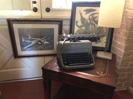Vintage typwriter works