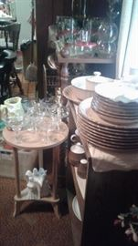 occasional tables, glassware