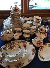 Royal Albert-Old Country Rose- 70 pc set-Some still in plastic