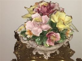 Capodimonte floral arrangement...like new.