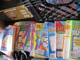 NICE LOT OF PUZZLE BOOKS FIND A WORD BOOKS