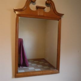 Kling Factory Maple Mirror  http://www.ctonlineauctions.com/detail.asp?id=757225