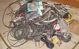 BIG LOT of Electronic Cords, Cables and Wires So ...