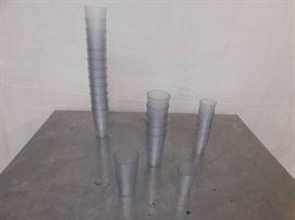 24 Plastic Cups