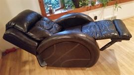Power Wall Recliner /510-21, Bonded leather Black Bean