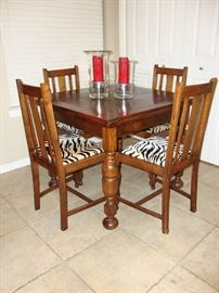 ANTIQUE POCKET TABLE WITH CHAIRS