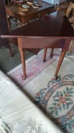 VERY NICE CORNER TABLE  opens into a square table