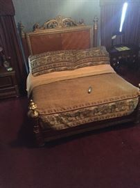 Another view of the king bed