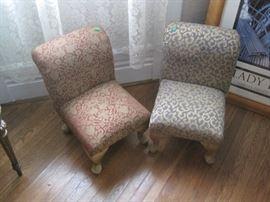 pair mini chairs