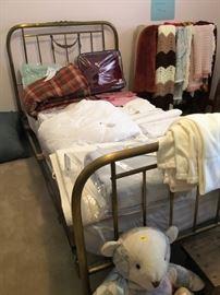 Antique Brass Bed, Linens