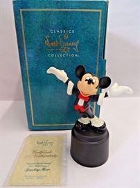 Walt Disney Classic Figurine - Maestro Mickey