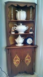 ***CUTE**** OLD GERMAN CORNER HUTCH