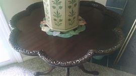 CLOSE-UP....ORNATE PIE-CRUST TABLE