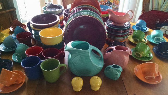 *****H-U-G-E**** SELECTION OF FIESTA WARE.....DINNER PLATES, CAKE PLATES, CUP/ SAUCERS, SERVING PIECES, SOUP BOWLS,  PITCHERS, CREAMERS, SALT& PEPPER SHAKERS.....COME TAKE YOUR PICK.....GREAT COLORS!