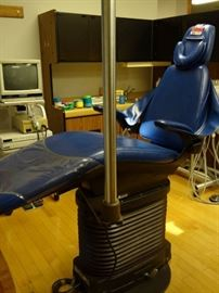 Dental EZ Advantage Chair with Light Model SDP