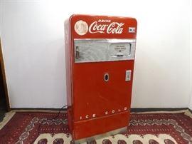 Vintage 1940's Coca Cola Coke Bottle Machine Model #V83