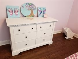 Picture Perfect! Natart dresser (original $1399) for Selling for $700. Or as a set w/Convertible Toddler Bed/Full Headboard  (originally $1099).  SELLING   set this weekend for $1300.