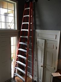 12ft. ladder, like new!