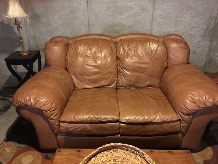 Lane leather love seat in great condition.