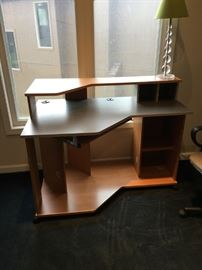 Student desk, like new.