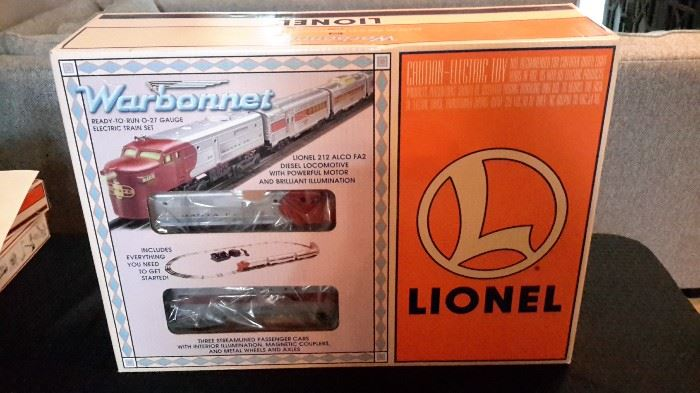 Lionel Warbonnet train set. Complete set!