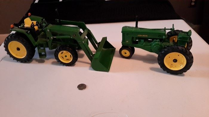 John Deere die cast 640 front loader and tractor.