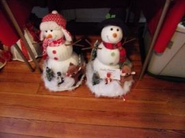 These are snowman hats, great to wear in a parade or fun centerpieces.
