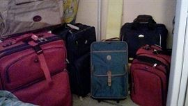 Luggage for around  the  world