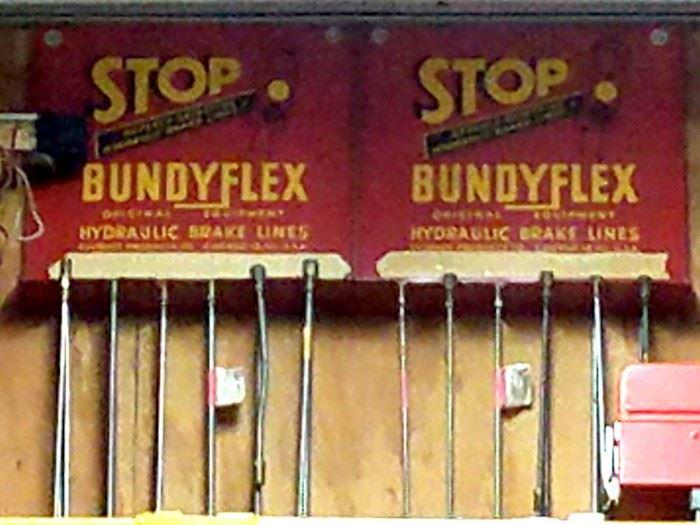 Vintage Bundyflex hydraulic brake unit store displays