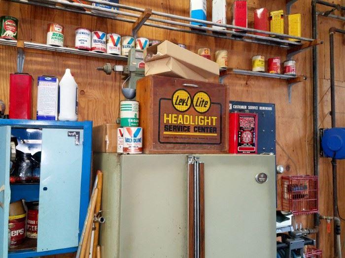 Vintage Lev-l Lite Headlight Service Center wood box gas station sign